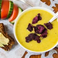 Cauliflower soup with crispy beetroot chips