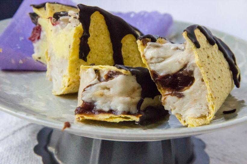 ice cream taco treat nom bite 2