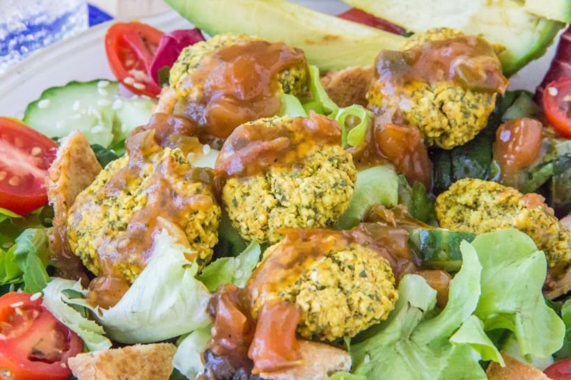saladfalafelcloseup