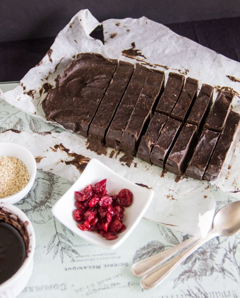 Creamy chocolate bars #vegan #gluten-free via Marfigs' Munchies